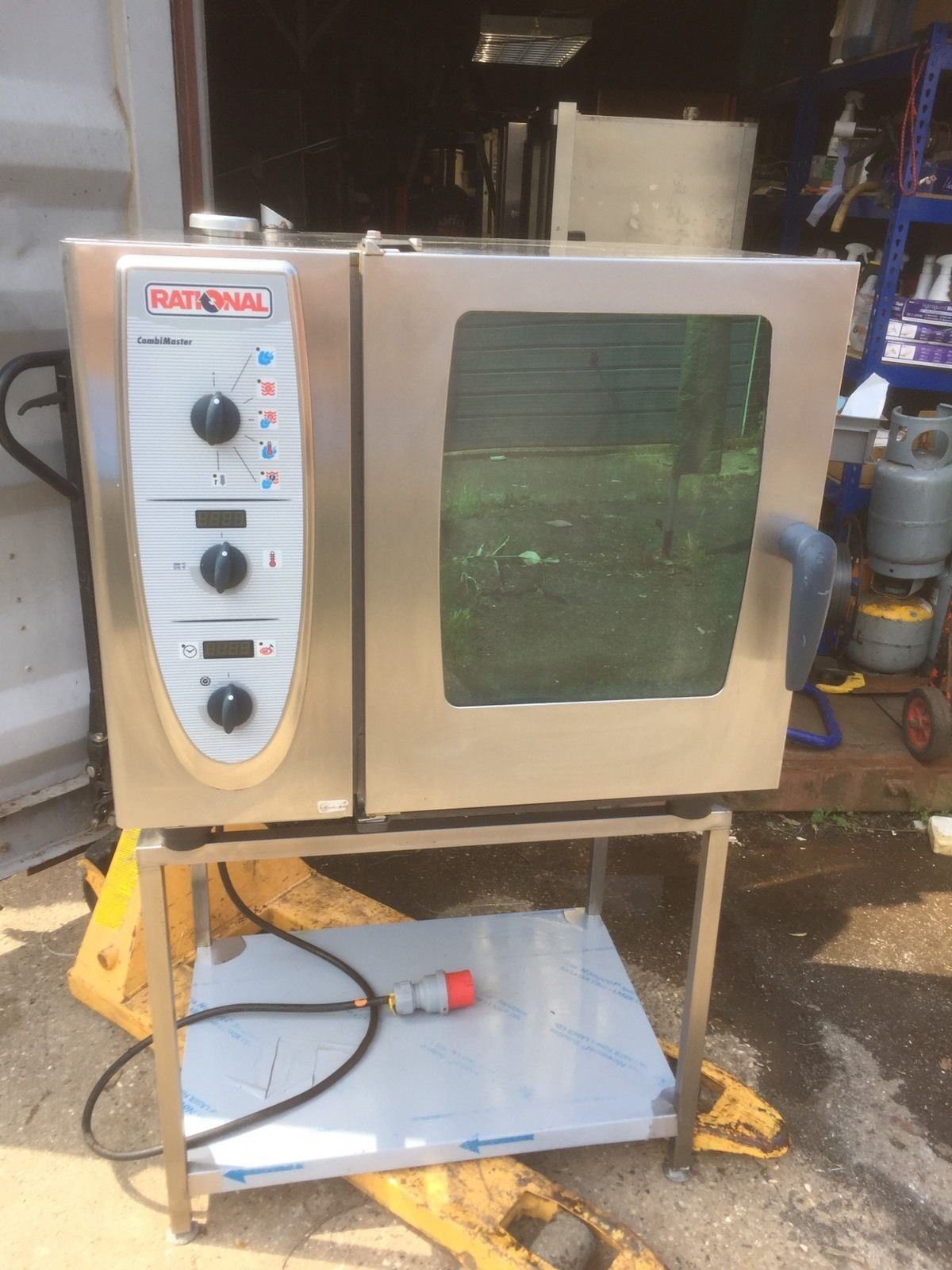 secondhand catering equipment electric combi oven steam rational cm61 six 6 grid combi. Black Bedroom Furniture Sets. Home Design Ideas