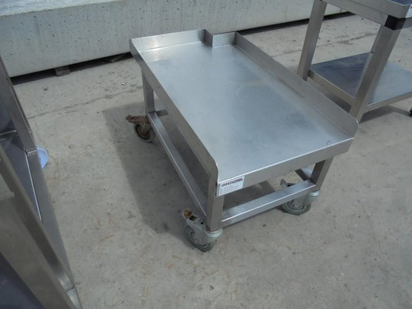 Oven stand with lip back and sides