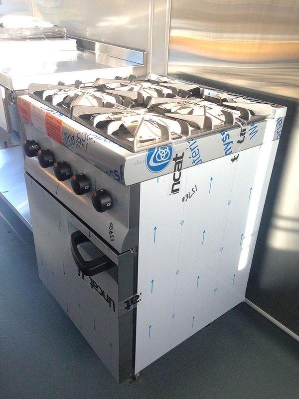 Lincat Silverlink 600, 4 Burner Range Oven