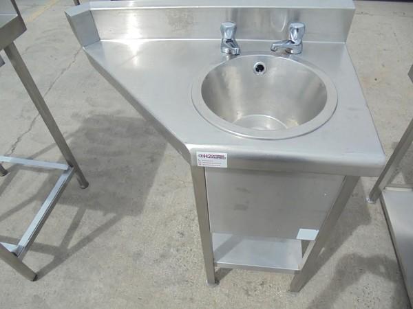 Stainless Steel Freestanding Handsink