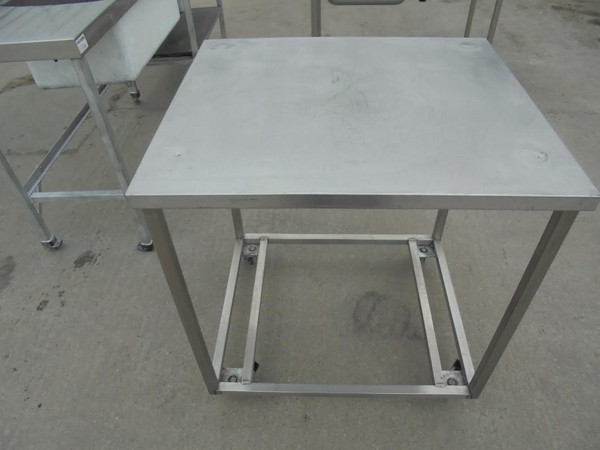 Stainless steel stand / table