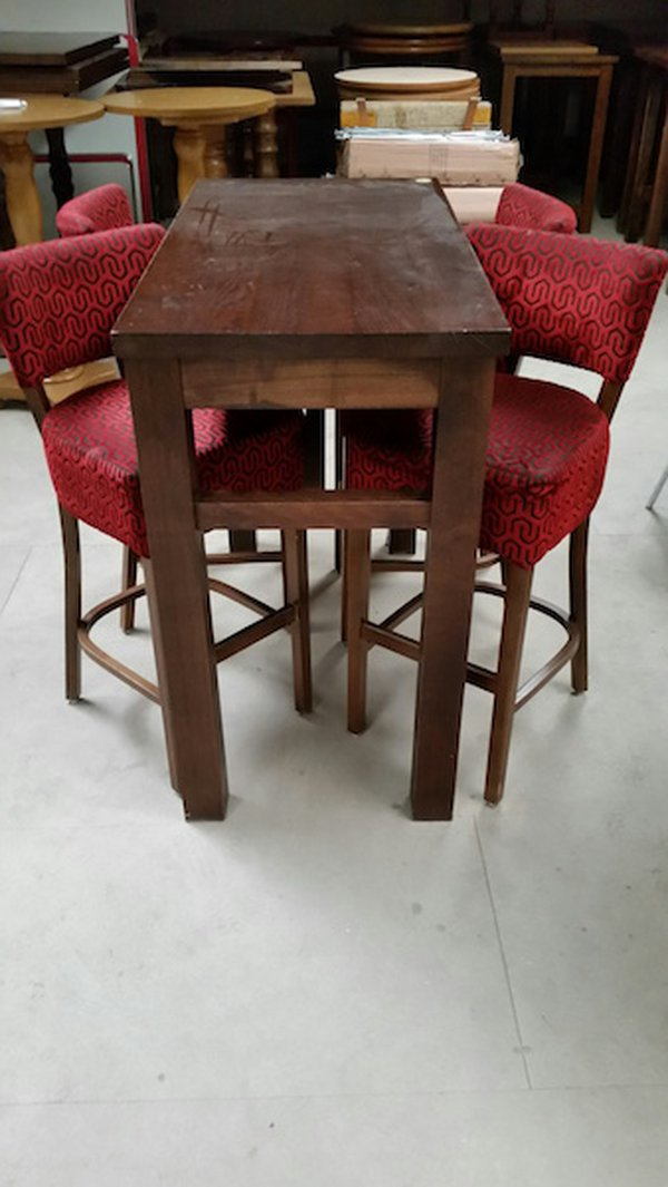 High table with 4 high stools - Derby