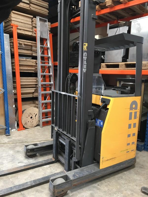 Atlet Unn/140D Electric Reach Truck Forklift