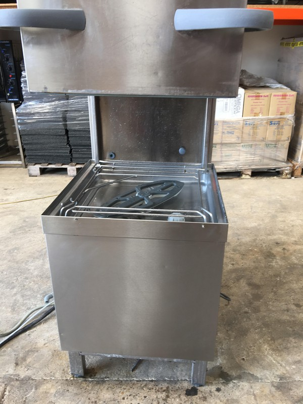 Winterhalter PT-M Dishwasher