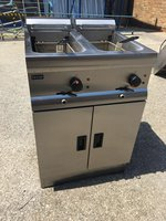 Lincat J12 2 x 9 Ltr Twin Tank Fryer With 2 Baskets