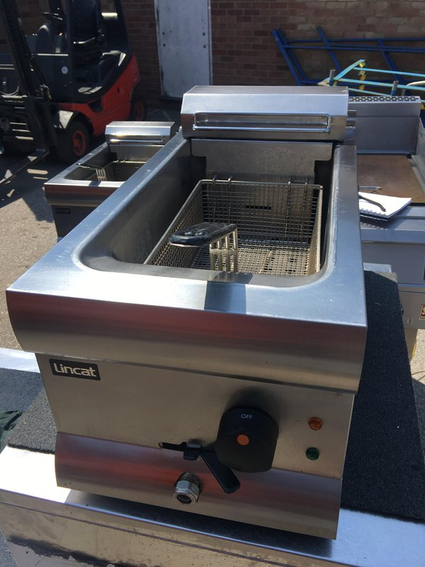 Lincat DF33 9 Ltr Single Tank Fryer With 1 Basket