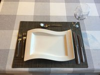 "35 x Villeroy & Boch ""New Wave"" Gourmet Restaurant Plates 33 x 24cm (13"" x 9.5"")"