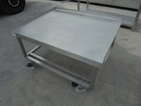 Stainless Steel Stand (5289)