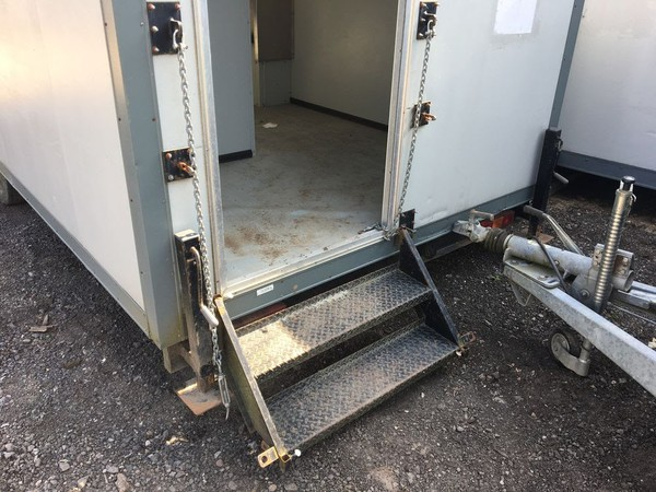 Urinal Trailer 23ft Unit