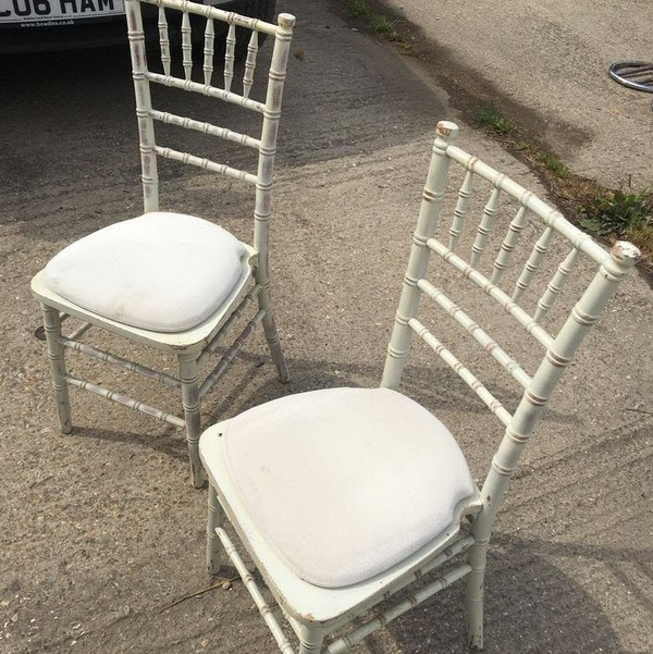 Limewash Effect Chiavari Chair