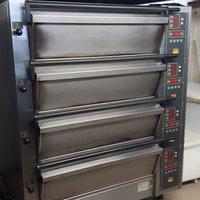 Commercial Oven 4 Decks
