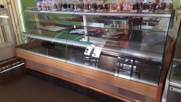 Valera Serve Over Display Fridge