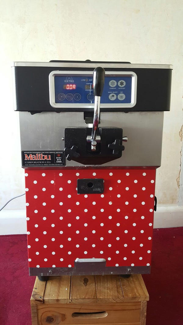 Malibu Ice Cream Machine Mr Whippy Frozen Yoghurt Maker