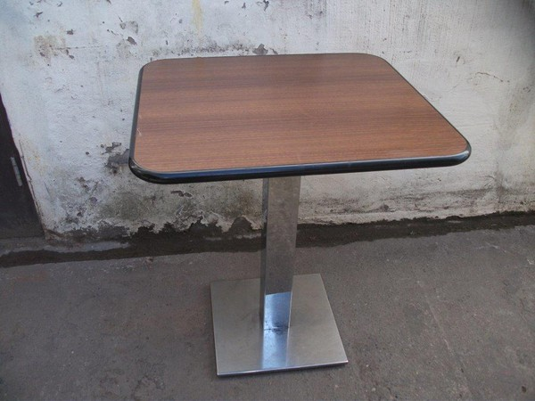 10 x Restaurant/Café Tables With Polished Chrome/Stainless Steel Bases