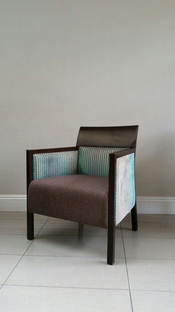 19 x Turquoise Wooden Lounge Chairs