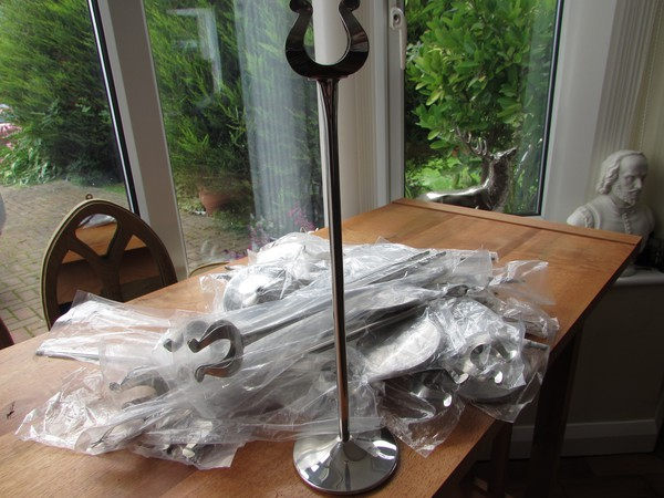 """40 New Unused/Wrapped 12"""" Horseshoe Table Number Stands"""