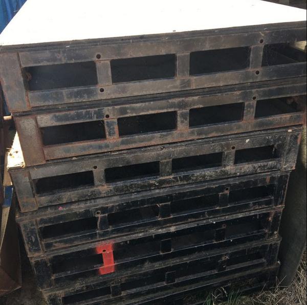 2.5m x 1m Steel Decks - Kent