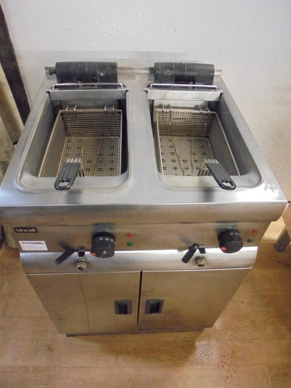 Lincat Double Free Standing Fryer (5412)