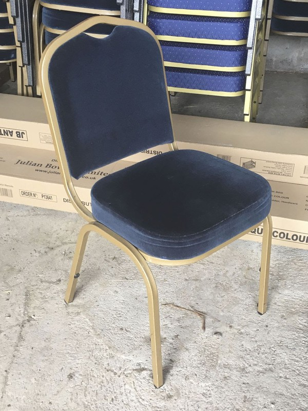 79x Aluminium Navy Used Banqueting Chairs