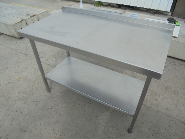Stainless Steel Table (5473)