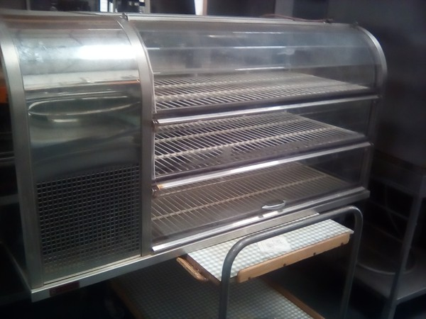 3 Shelf Refrigerated Counter Top Display Unit