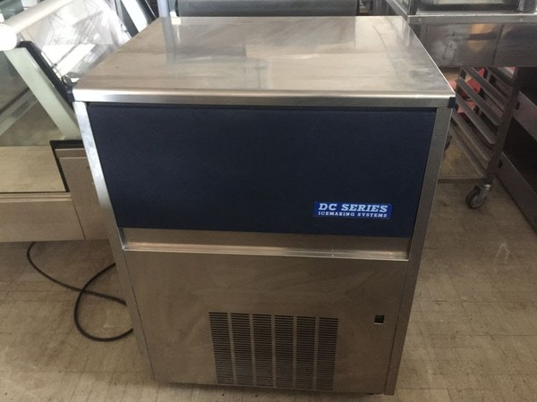 DC Ice Machine, DC7040