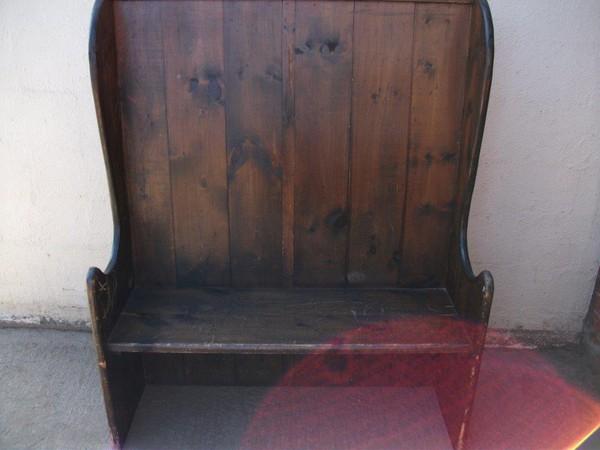 Pub Settle/Bench (Code B 267A)