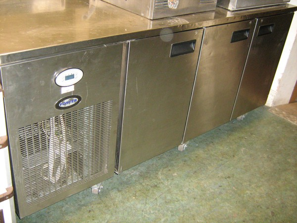 Foster EPRO 1/3h Refrigerated Counter