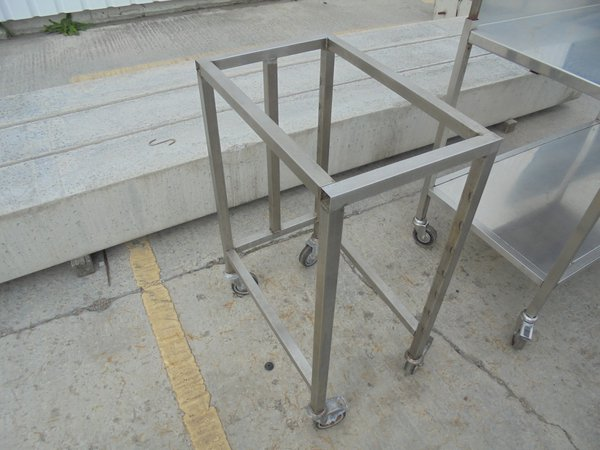 Commercial oven stand