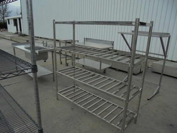 Commercial kitchen shelves
