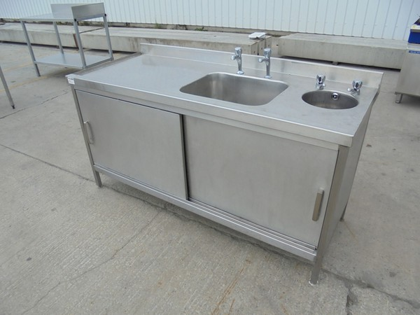 Stainless Steel Double Sink	(5540)