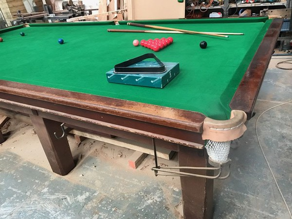Snooker table for pub for sale UK