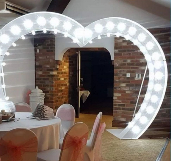 Heart arch for wedding