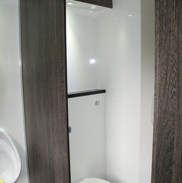 Second Hand Executive Toilet Trailer