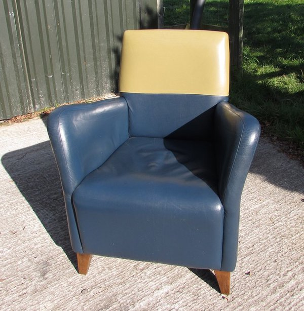 Pistachio Green Leather Sofa: Secondhand Chairs And Tables