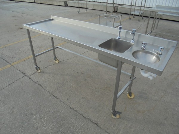 Steel double bowl sink