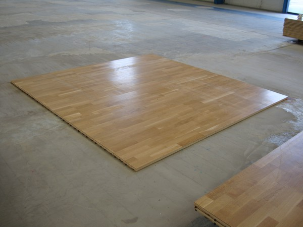 Used wooden laminate flooring