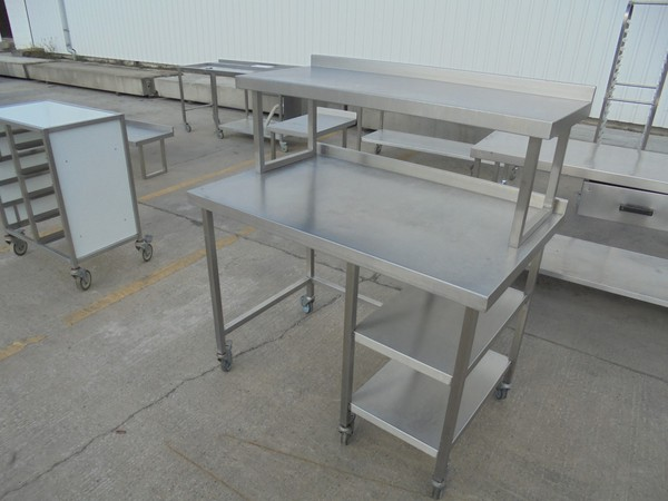 Used steel table with gantry s