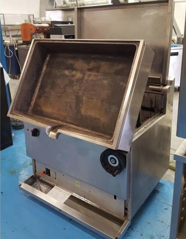 Second hand commercial bratt pan