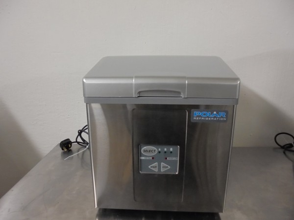 New Polar Ice maker