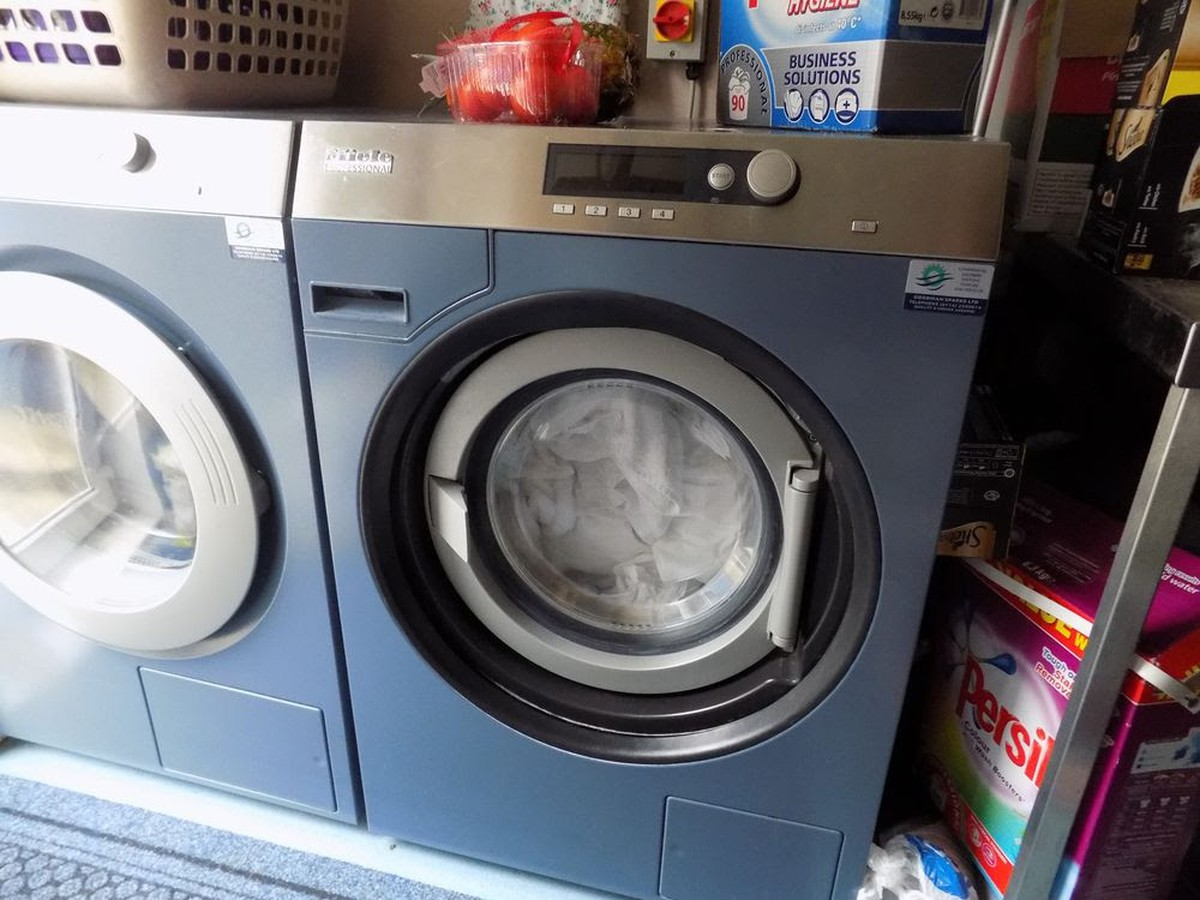 secondhand laundry equipment front loading washing machines miele pw 6080 vario washer. Black Bedroom Furniture Sets. Home Design Ideas
