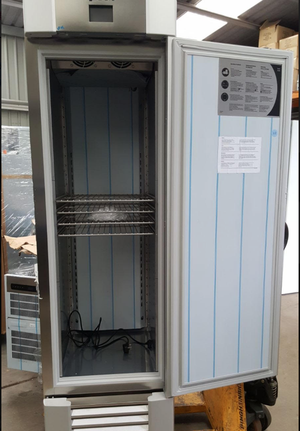 Secondhand commercial upright fridge