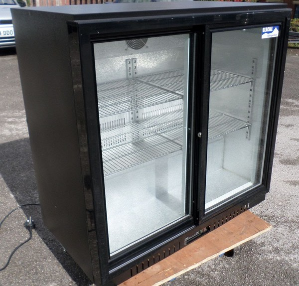 Bottle Cooler / Drinks Display Fridge