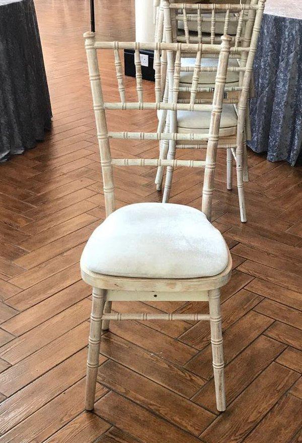 400x Limewash Chivari Banqieting Chairs
