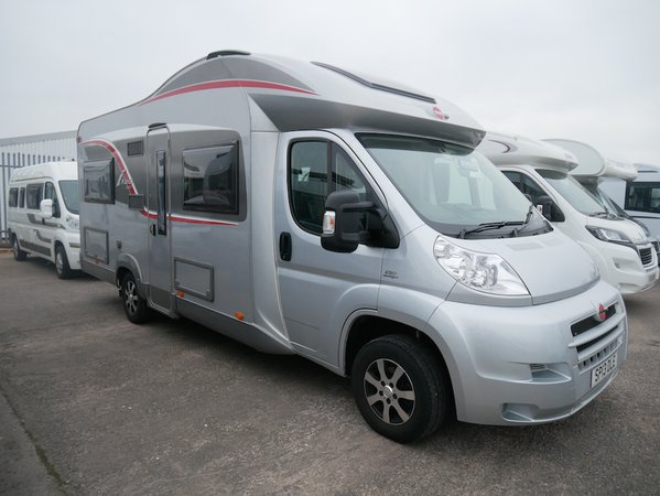Burstner Ixeo iT 700 Time 4 Berth Motorhome