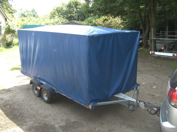 Lightweight tilt trailer