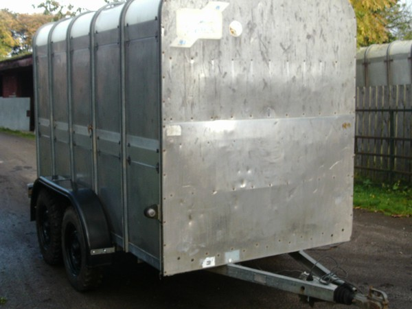 Secondhand cattle trailer
