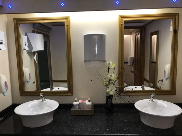 Used 2+1 Toilet trailre