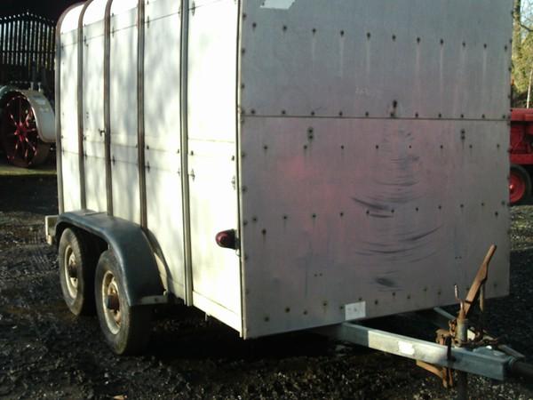 10' ifor williams livestock trailer with folding sheep decks