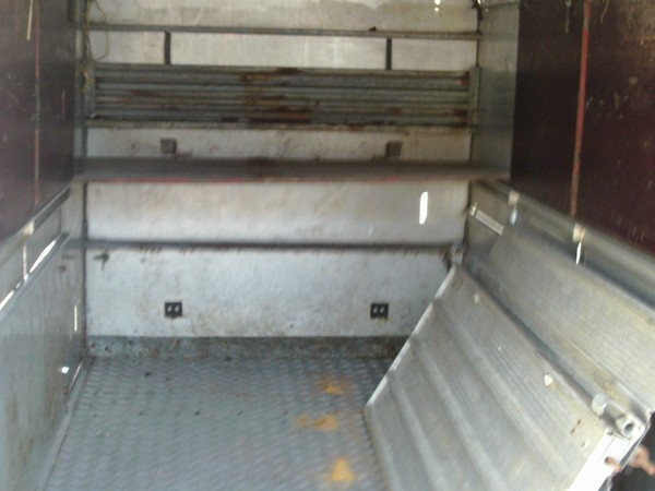 Second Hand 10' ifor williams livestock trailer